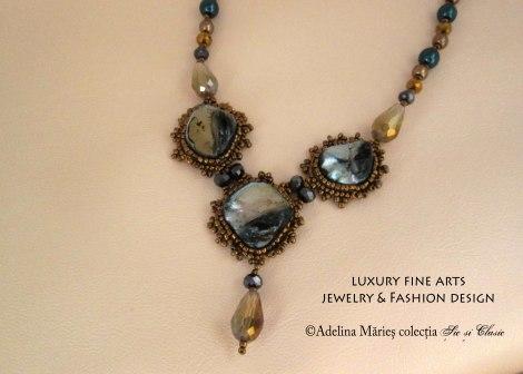 colier Adelina Maries Opera label colectia Sic si Clasic detaliu sidef marin