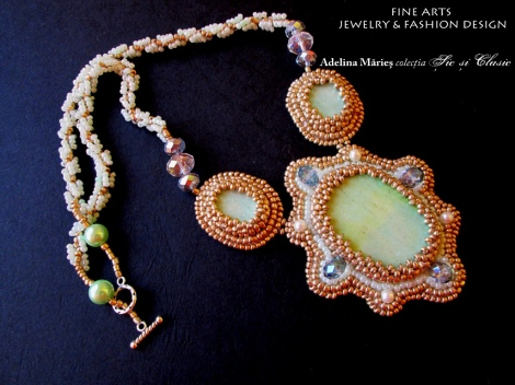 gold necklace Adelina Maries
